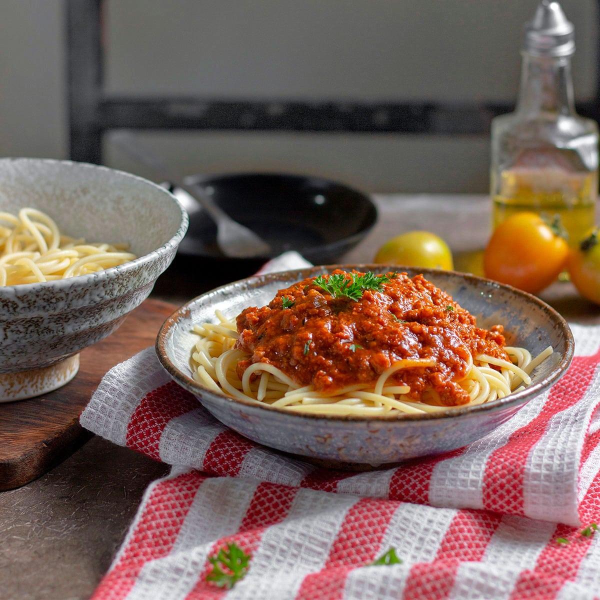 Spaghetti bolognaise aux courgettes invisibles